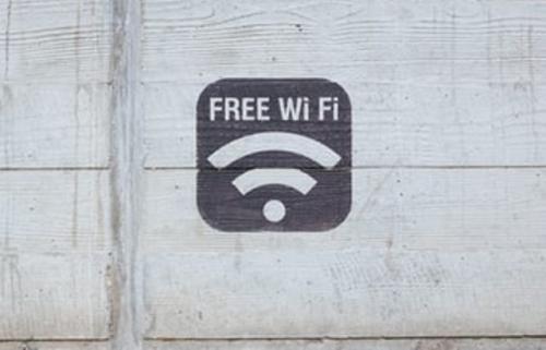 Wi-Fi. (Foto: Paul Hanaoka/Unsplash)