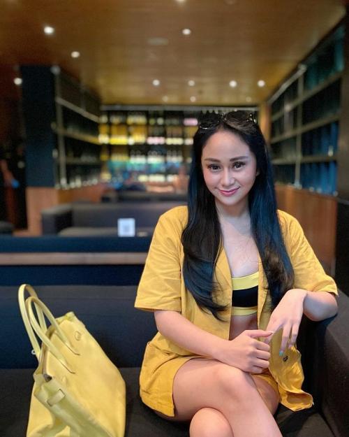 Pamer Kekayaan, Akun Instagram Denise Chariesta Raib