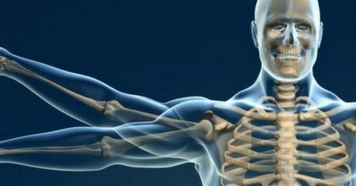 Proses osteoporosis bisa berlangsung dalam jangka panjang.