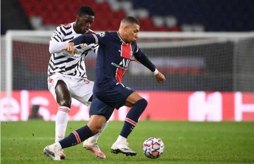 Axel Tuanzebe vs Kylian Mbappe