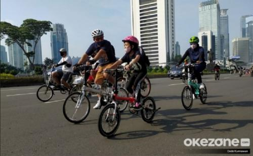 Olahraga bersepeda. (Foto: Dede Kurniawan/Okezone)