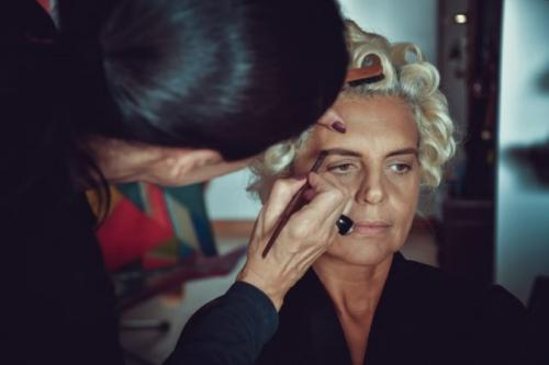 Makeup. (Foto: Jayakody Anthanas/Unsplash)