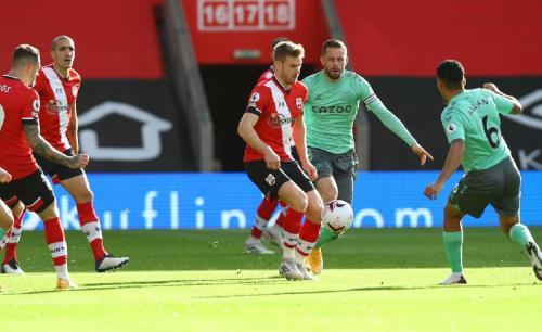 Suasana laga Southampton vs Everton
