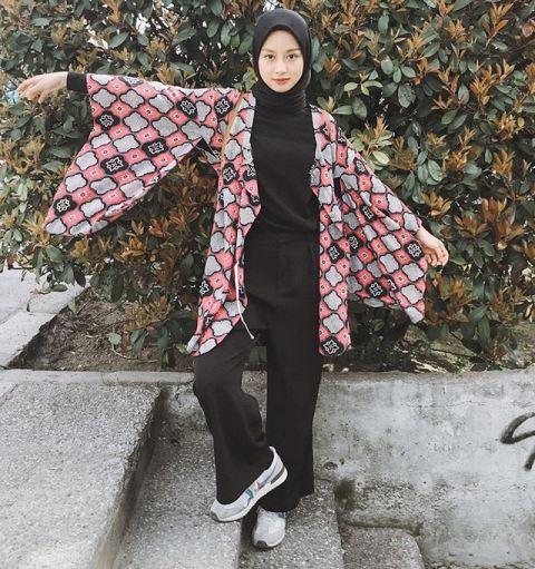 Hijaber Gita Savitri. (Foto: Instagram @gitasav)