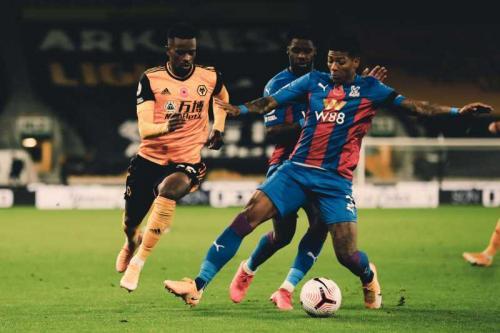 Suasana laga Wolverhampton vs Crystal Palace