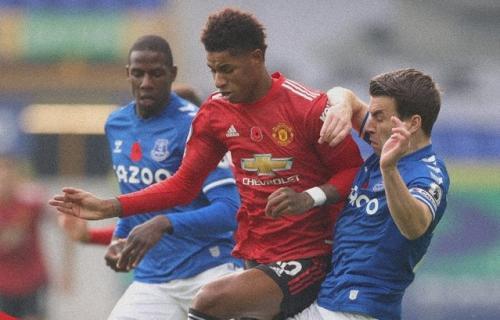 Everton tumbang 1-3 dari Man United (Foto: Reuters)