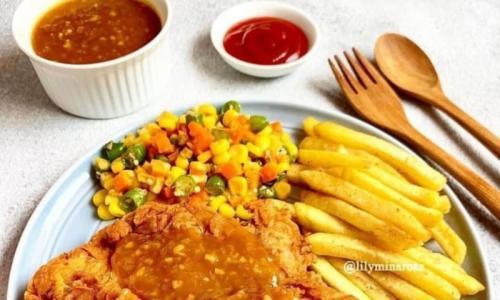 Memasak sendiri itu paling menyenangkan, apalagi disajikan untuk keluarga tercinta dengan hidangan menu yang istimewa.