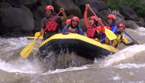 Arung Jeram di Sungai Ciwulan