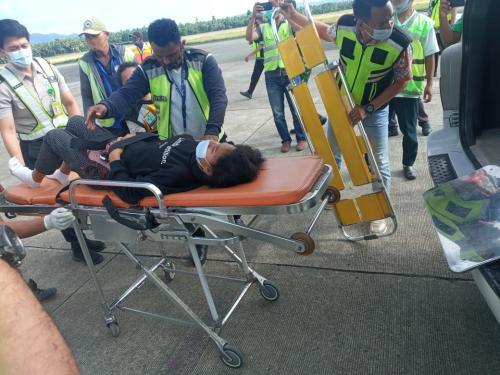 Evakuasi penumpang yang melahirkan di Lion Air