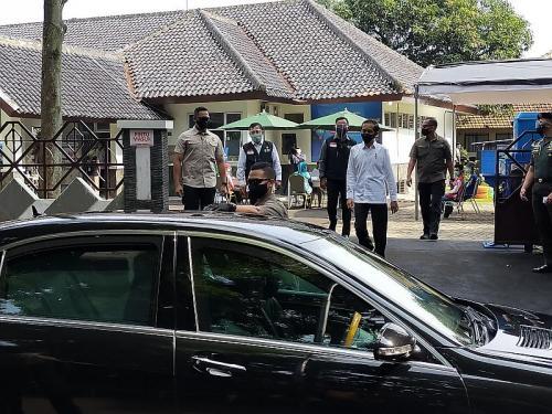 Jokowi tinjau simulasi vaksinasi Covid-19 (Foto : Okezone.com/Putra RA)