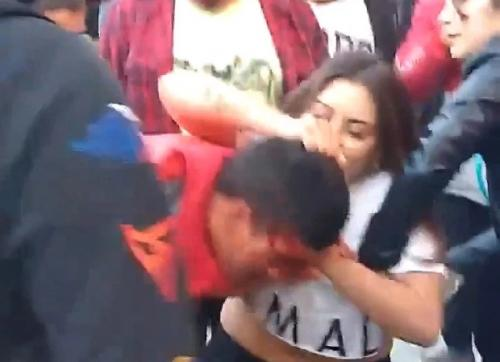 Atlet wanita MMA menghajar pencuri hingga babak belur