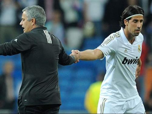 Momen Mourinho masih melatih Real Madrid