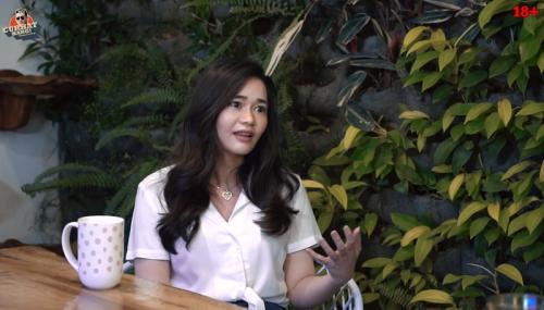 Olivia Alan. (Foto: YouTube/CURHAT BANG Denny Sumargo)