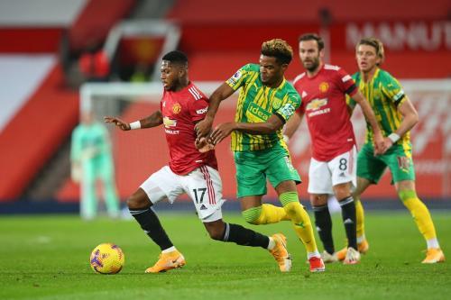 Man United gagal menembus lini pertahanan WBA (Foto: Reuters/Alex Livesey)