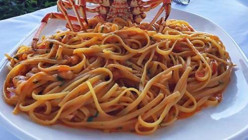 Lobster Astakomakaronada Yuani. (Foto: Taste Atlas)
