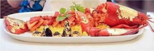 Hidangan lobster mahal Samundari Khazana Curry. (Foto: Twitter @vocuzevolute/First Wefeast)