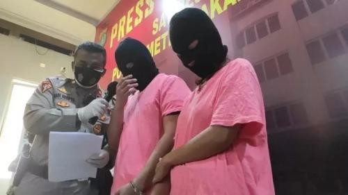 Dua artis terlibat prostitusi online. (Foto: Sindo News)