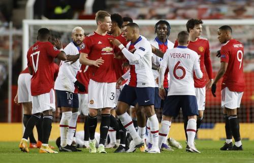 Suasana laga Man United vs PSG