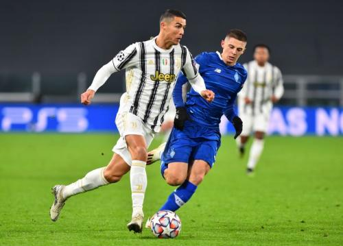 Suasana laga Juventus vs Kiev