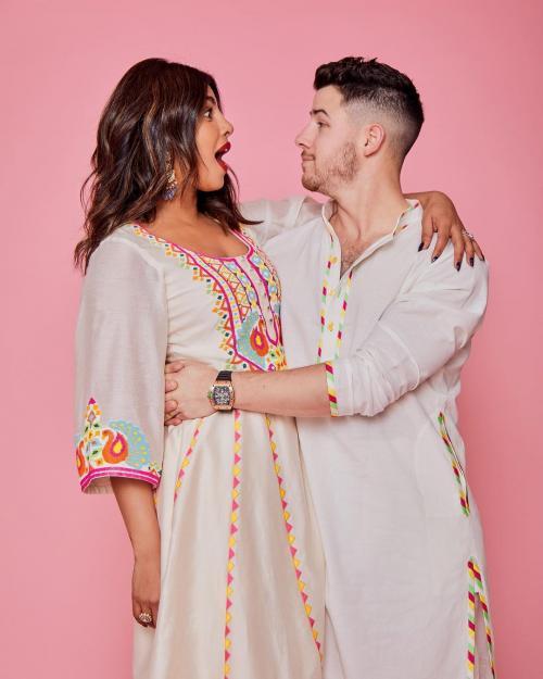 Priyanka Chopra dan Nick Jonas. (Foto: Instagram/@priyankachopra)
