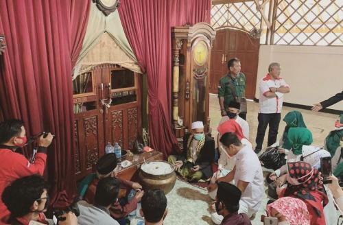Makam Syekh Quro