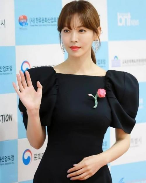 5 Potret Awet Muda Kim So-Yeon Bintang Drama Korea The Penthouse : Okezone  Lifestyle