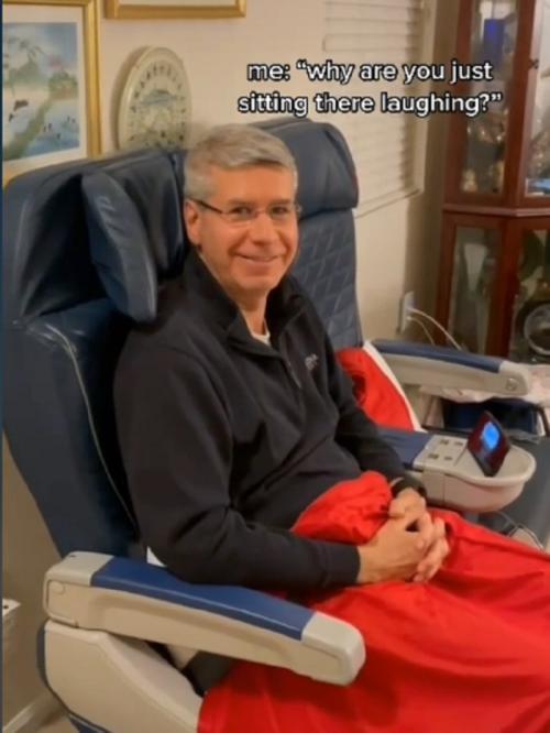 Steve rindu naik pesawat