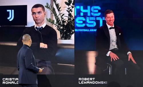 Cristiano Ronaldo dan Robert Lewandowski (Foto: Reuters)