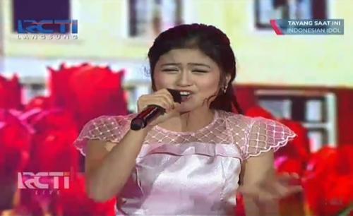 Dewanda Indonesian Idol.