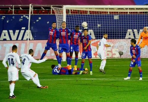 Eibar tumbang di tangan Real Madrid (Foto: Reuters)