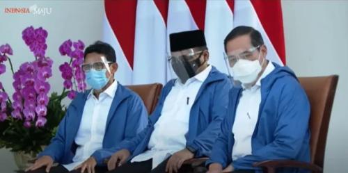 Menteri baru Jokowi kompak pakai jaket biru. (Foto: YouTube Setpres)