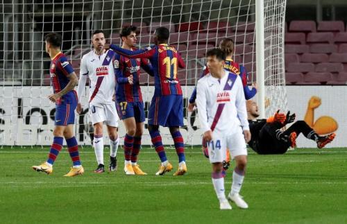 Suasana laga Barcelona vs Eibar