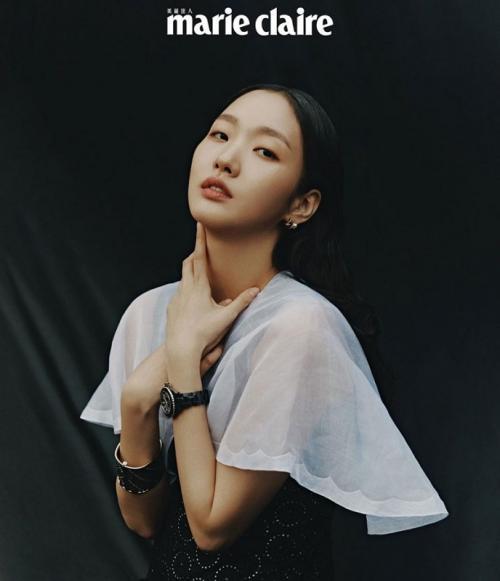 Kim Go Eun akan beradu akting dengan Jinyoung GOT7 dalam Yumi's Cells. (Foto: Marie Claire)