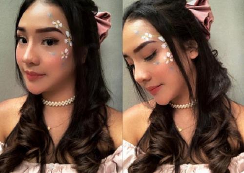 Lukisan Ariel di wajah Anya
