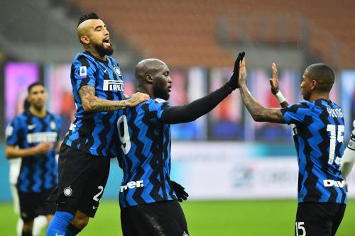 Inter Milan kerap bermain agresif (Foto: Reuters)