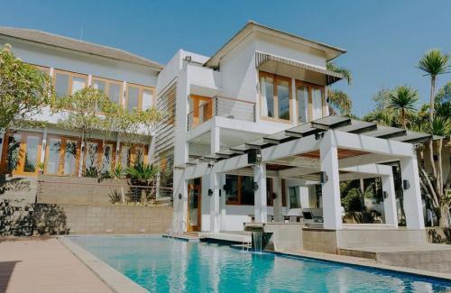 G House Villa