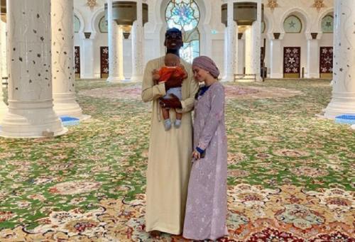 Paul Pogba dan Maria Salaues mengunjungi Abu Dhabi (Foto: IG/@zulaypogba)
