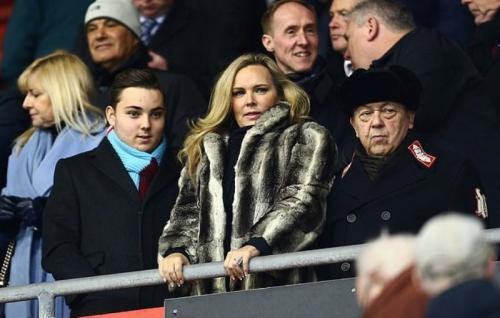 Dave, Eve Vorley, dan David Sullivan (Foto: Daily Mail)
