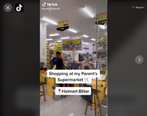 Viral perempuan boleh ambil barang sesuaknya di supermarket. (Foto: TikTok @meikebelliana2)