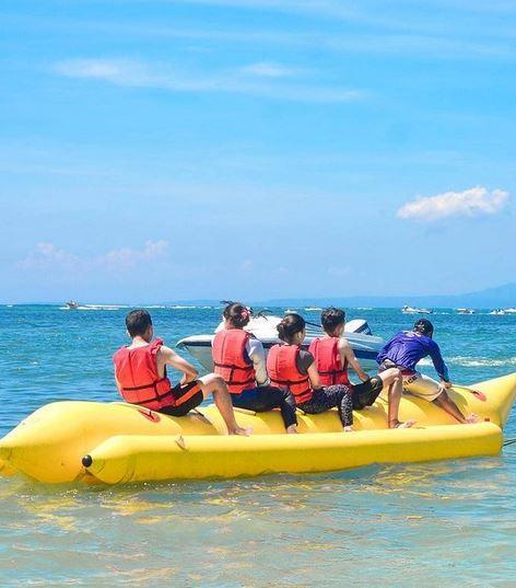 Banana Boat di Tanjung Benoa