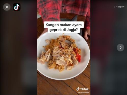 Ayam geprek. (Foto: TikTok @javafoodie)
