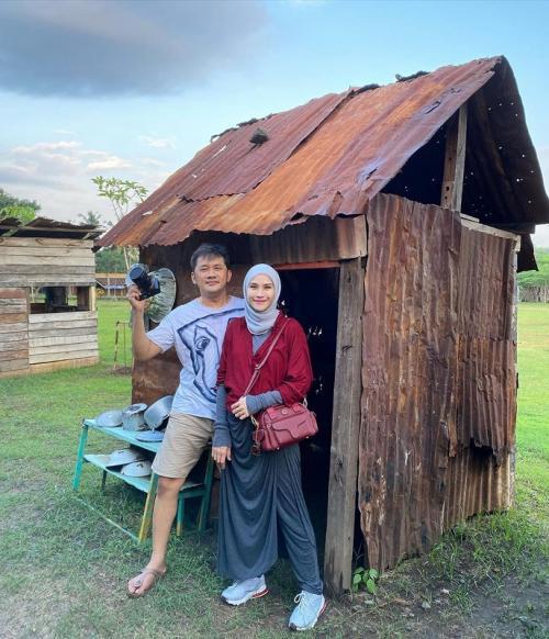 Hanung Bramantyo dan Zaskia Adya Mecca.