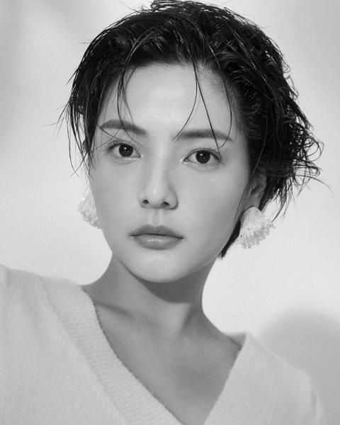 Song Yoo Jung. (Foto: Instagram/@u_jjooung)