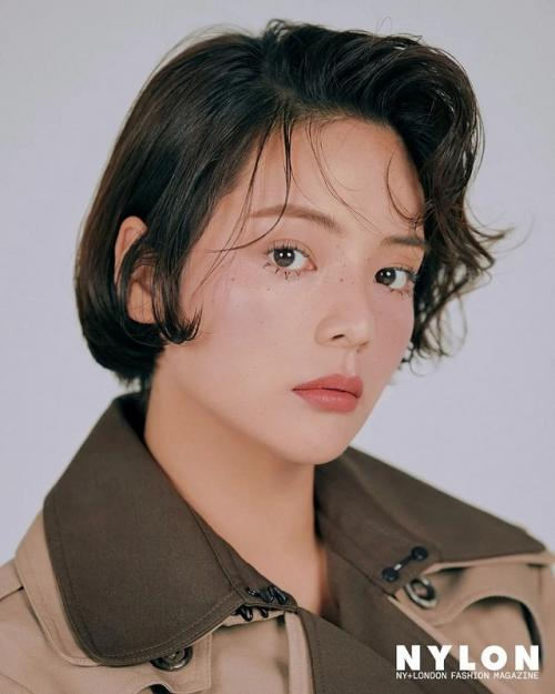 Song Yoo Jung. (Foto: NYLON)