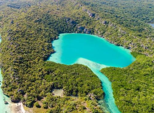 Telaga Nirwana di Pulau Rote