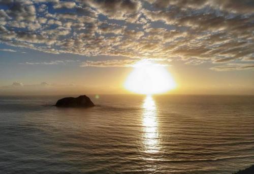 Sunrise di East Cape