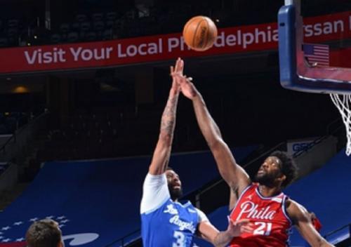 Philadelphia 76ers vs LA Lakers