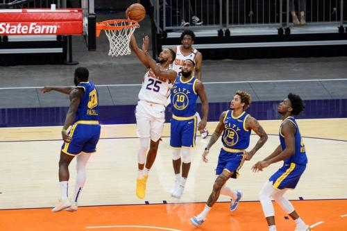 Phoenix Suns taklukkan GSW (Foto: Reuters/Joe Camporeale)