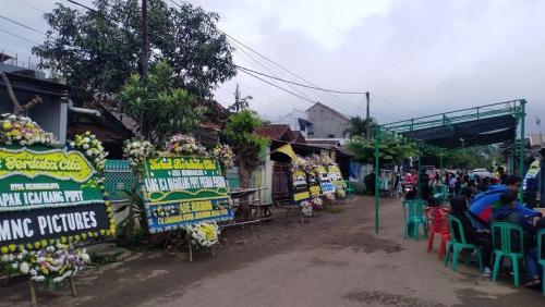 Rumah duka Kang Pipit Preman Pensiun.