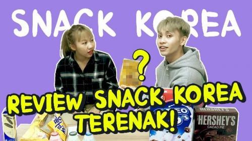 Vanya dan Malvin me-review snack terenak asal Korea Selatan. (Foto: YouTube VanVinFun)